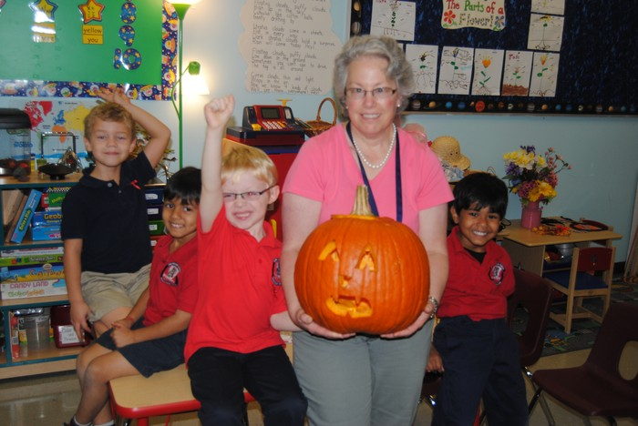 Fulton Science academy learning math with pumpkins3