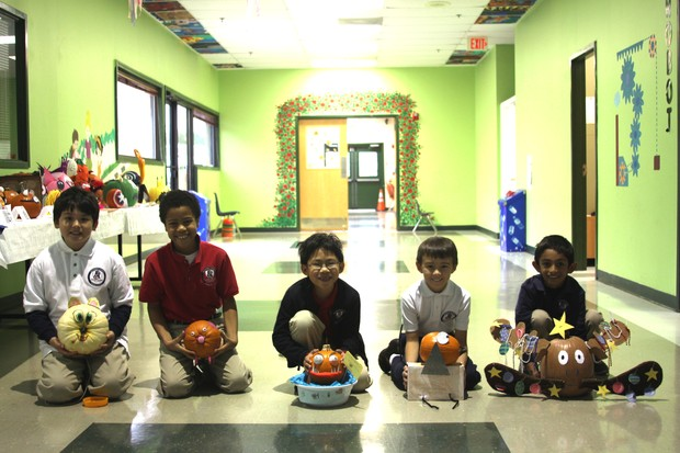 Fulton Science Academy pumpkin decoration contest