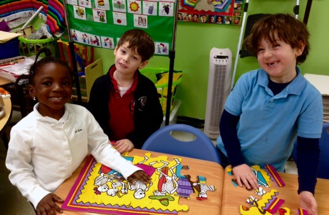 fsa elementary students enjoy spanish classess3
